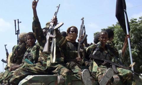 Σομαλία: Πέντε νεκροί σε διπλή βομβιστική επίθεση της αλ Σεμπάμπ
