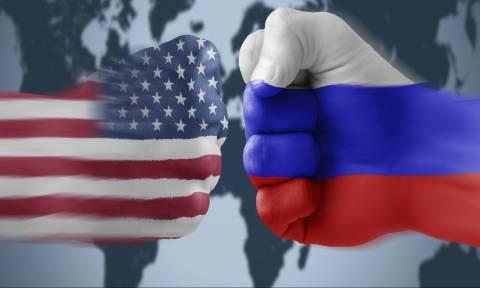 Politico για Τραμπ - Πούτιν: «Η συνάντηση μπορεί να εξελιχθεί σε πολιτική καταστροφή για τις ΗΠΑ»