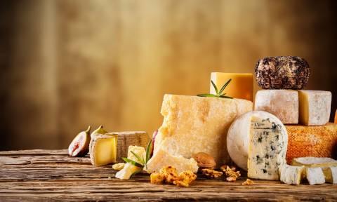 Ποια τυριά έχουν τα περισσότερα κορεσμένα λιπαρά (πίνακας)