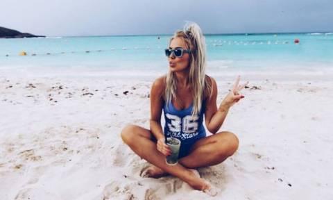 5 πράγματα που ΑΠΑΓΟΡΕΥΕΤΑΙ να κάνει μία γυναίκα στην παραλία