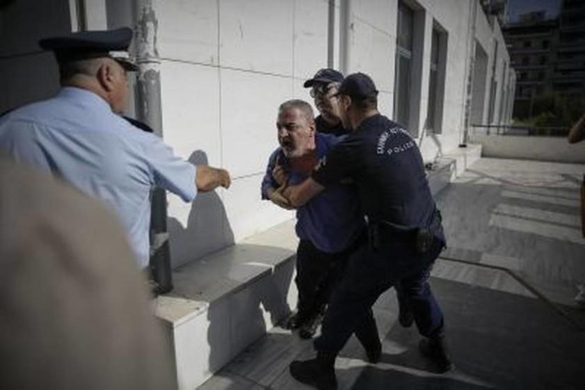 Νέα ένταση στη δίκη της Δώρας Ζέμπερη - «Θα σε σκοτώσω μέσα στην φυλακή! Αλήτη, φονιά!»