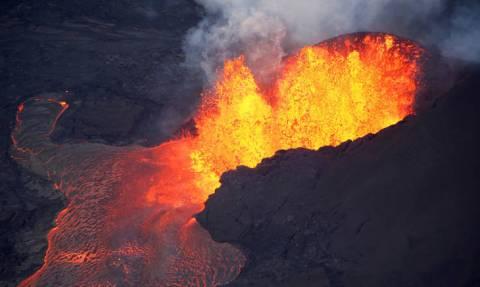 Χαβάη: «Ιπτάμενη» λάβα τραυμάτισε δεκάδες τουρίστες (vid)