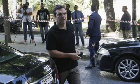 Σε εξέλιξη το Πολιτικό Συμβούλιο του ΣΥΡΙΖΑ: Τα σενάρια για τις εκλογές (pics)