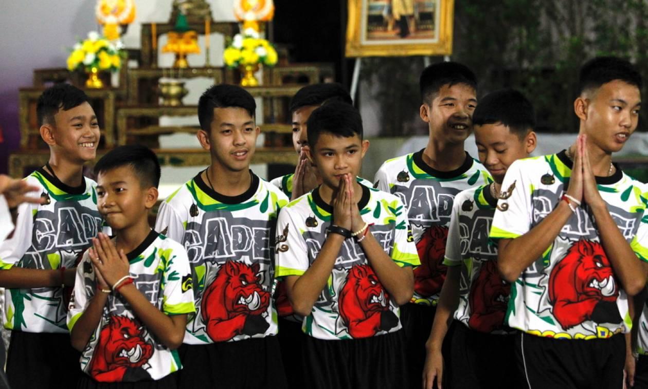 Ταϊλάνδη: Βουδιστές μοναχοί θα χειροτονηθούν τα παιδιά που απεγκλωβίστηκαν από το σπήλαιο
