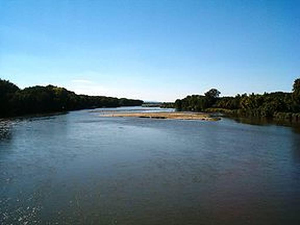 Αγνοούνται τρία μικρά παιδιά και η μητέρα τους στον ποταμό Έβρο