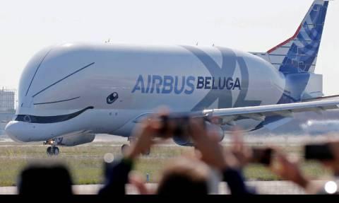 Beluga XL: Παρθενική πτήση για τη θηριώδη και αξιολάτρευτη «ιπτάμενη φάλαινα»! (pics)