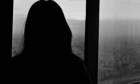 Εφιάλτης για ανήλικη: Τη βίαζε ο αδερφός της, την άφησε έγκυο δύο φορές, αλλά έκλεισαν ΑΥΤΗ φυλακή!