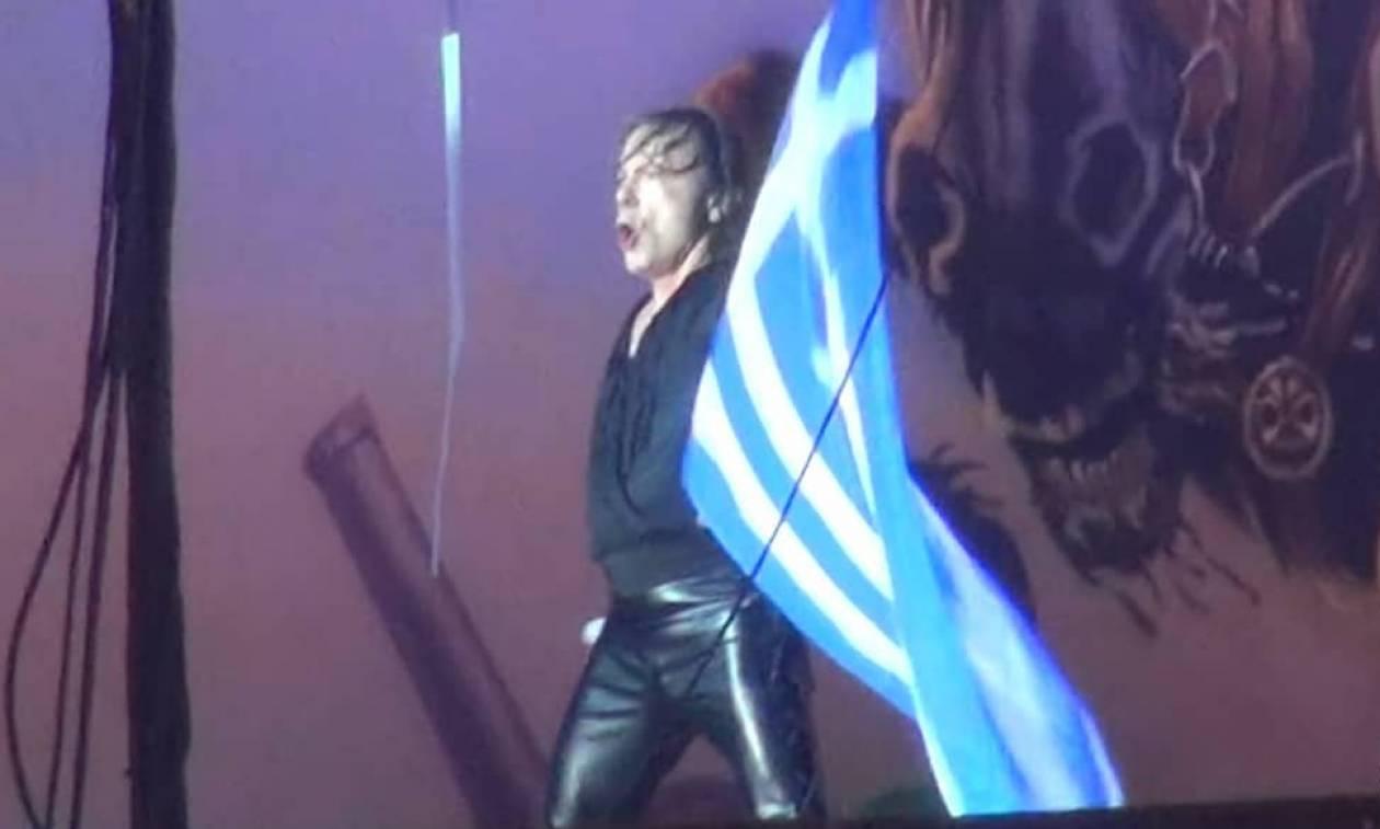 Ανατριχίλα: Οι Iron Maiden τραγούδησαν για τον «Μέγα Αλέξανδρο» ξεσηκώνοντας 36.000 Έλληνες (vids)
