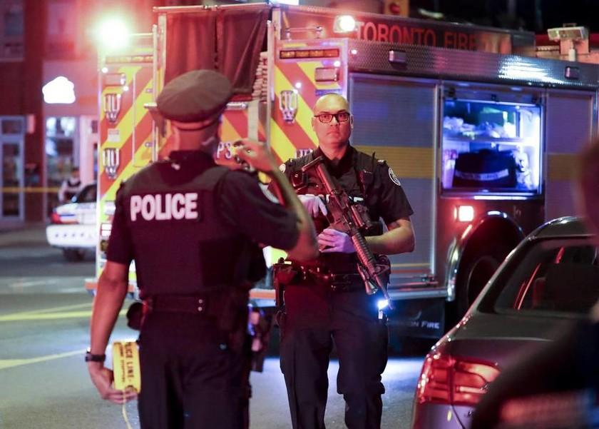 Καναδάς: Ένοπλη επίθεση στην ελληνική συνοικία του Τορόντο με πολλούς τραυματίες - Φόβοι για νεκρούς