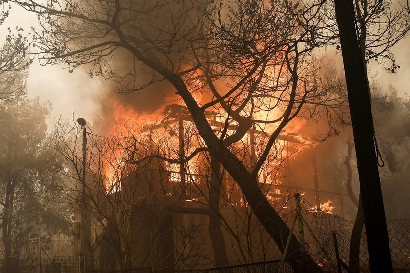 Φωτιά ΤΩΡΑ στην Πεντέλη - Νέος συναγερμός στην Πυροσβεστική