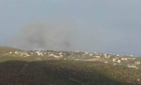 Φωτιά ΤΩΡΑ στην Πεντέλη: Καίγονται σπίτια στην Πεντέλη