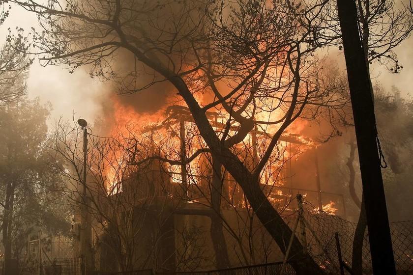 Φωτιά τώρα: Επιστρέφει εσπευσμένα στην Ελλάδα ο Αλέξης Τσίπρας