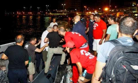 Φωτιά - Πληροφορίες για 10 νεκρούς: Συγκλονιστικές εικόνες από το λιμάνι της Ραφήνας