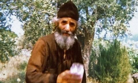 Σαν σήμερα το 1924 γεννήθηκε ο Άγιος Παΐσιος ο Αγιορείτης