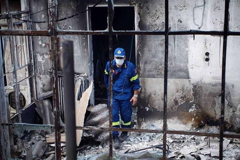 Φωτιά - Δείτε Live: Αυτά είναι τα μέτρα για τους πληγέντες - Δείτε τις ανακοινώσεις της κυβέρνησης
