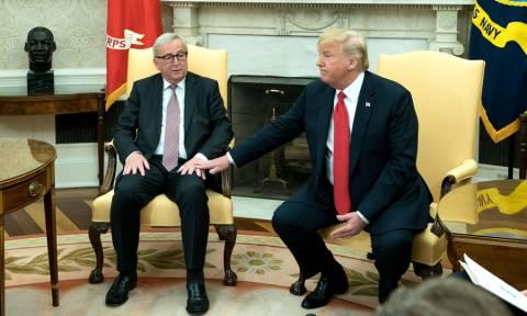 Τα «βρήκαν Τραμπ – Γιούνκερ: Ο εμπορικός πόλεμος ΗΠΑ – ΕΕ αναστέλλεται