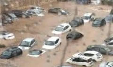 Καραμέρος για καταιγίδα: Να μην κυκλοφορούν οι πεζοί στην Αμαρουσίου – Χαλανδρίου