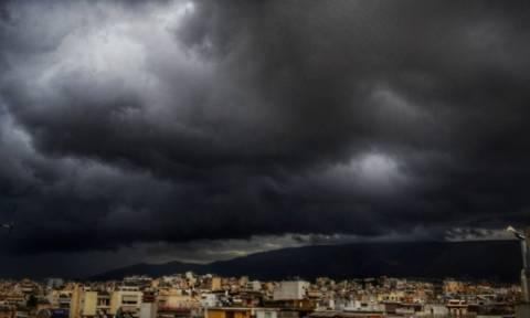Έκτακτο δελτίο επιδείνωσης του καιρού: Καταιγίδες, χαλάζι και θυελλώδεις άνεμοι μέχρι την Τρίτη