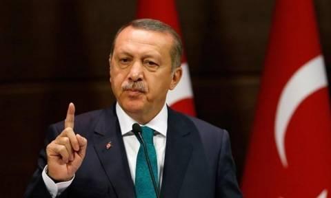 Αδιάλλακτη στάση του Ερντογάν παρά την απειλή της Ουάσινγκτον να επιβάλει κυρώσεις στην Άγκυρα