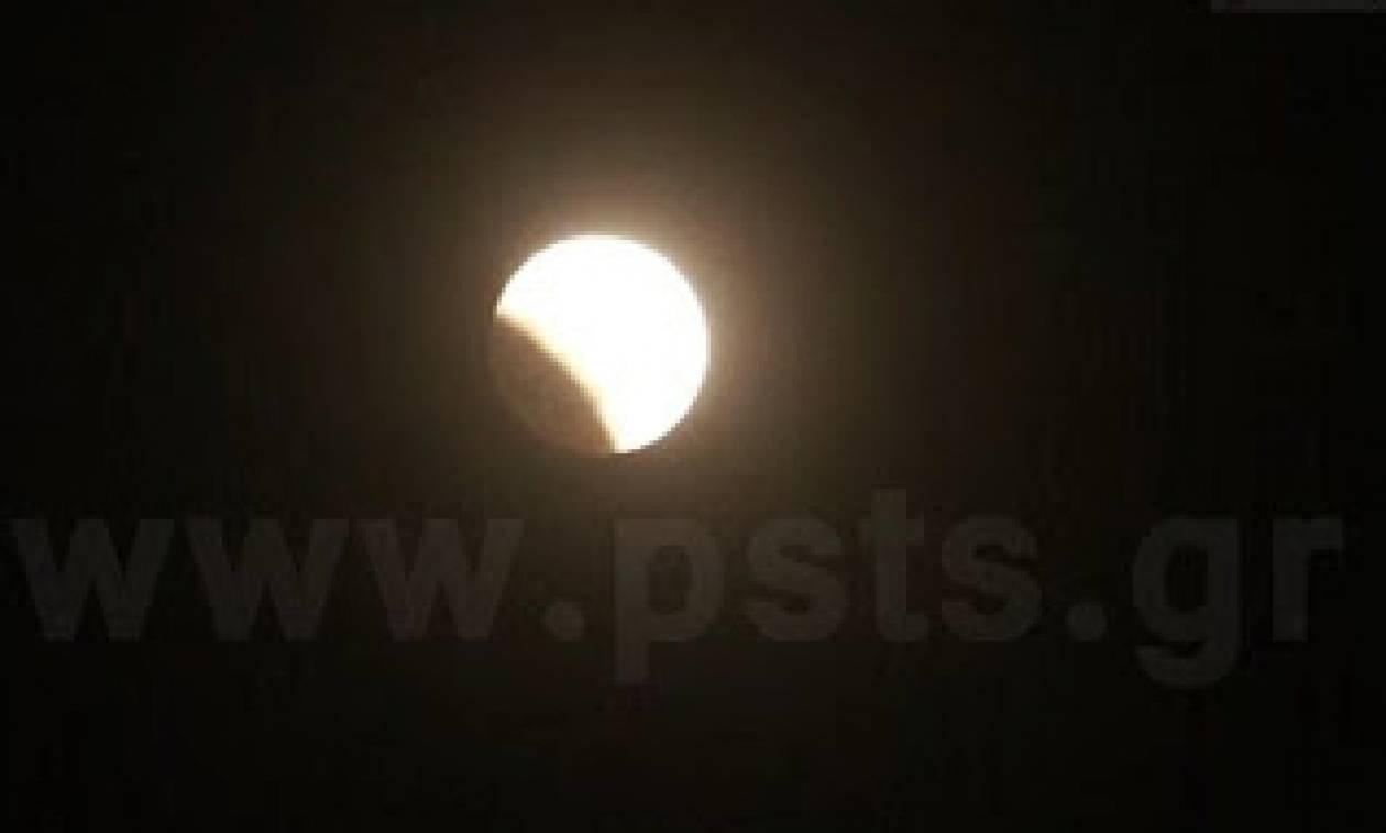Λεπτό προς λεπτό η μεγαλύτερη έκλειψη σελήνης του 21ου αιώνα στον ουρανό της Πάρου! (video)