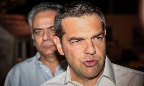 Απάντηση Σκουρλέτη μετά το σάλο: Ο Τσίπρας έμαθε για τους νεκρούς όταν έφυγαν οι κάμερες