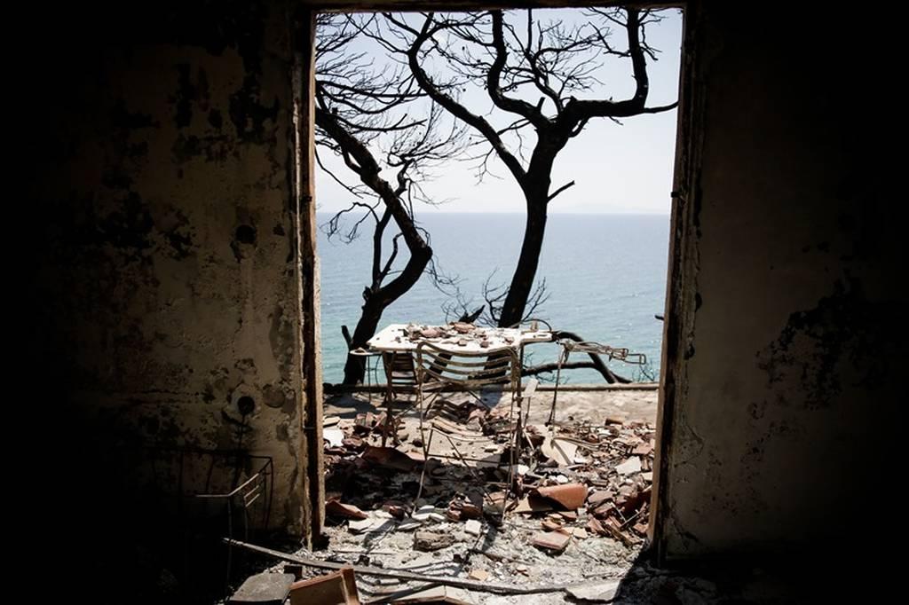 Φωτιά Μάτι – Θρήνος για τη Χρύσα Σπηλιώτη: Η ζωή και ο θάνατός της στις φονικές πυρκαγιές