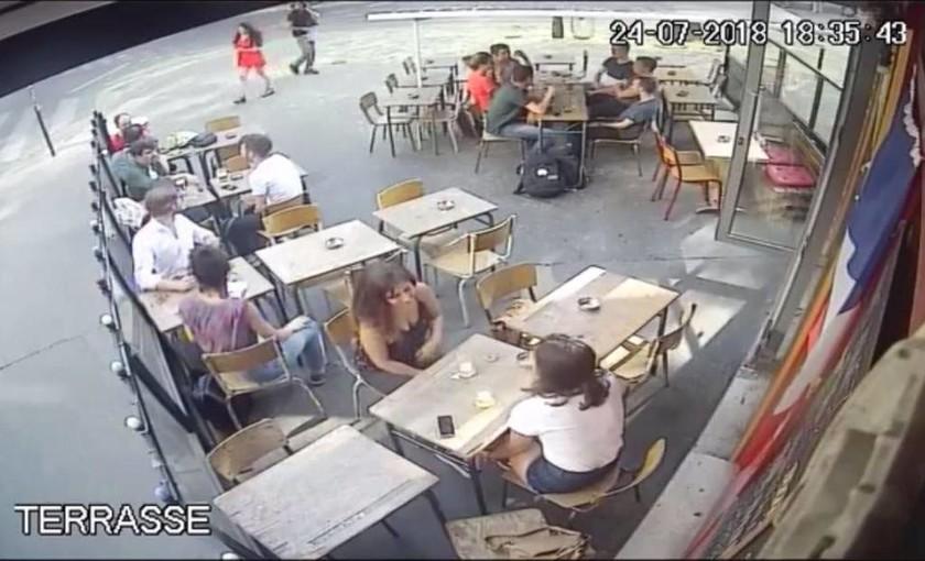 Βίντεο: Σοκαρισμένη η Γαλλία από την επίθεση σε γυναίκα που αντέδρασε σε «καμάκι»