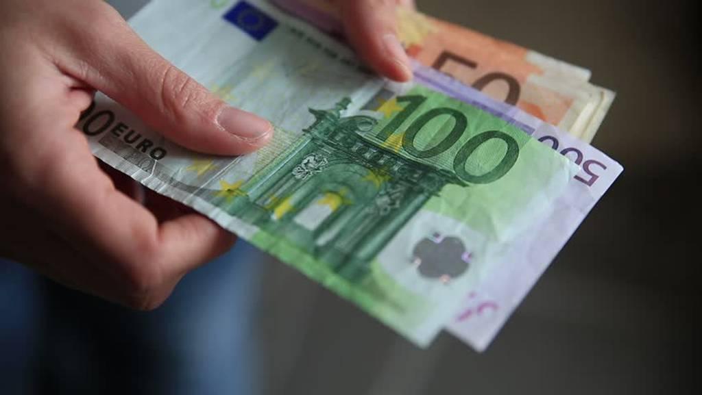 Εφορία: Στα 5,2 δισ. τα νέα ληξιπρόθεσμα χρέη στο α' εξάμηνο