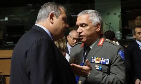 Καμμένος:«Ο Στρατός θα γκρεμίσει αυθαίρετα» - Κωσταράκος:«Ο Στρατός δεν γκρεμίζει το σπίτι κανενός»