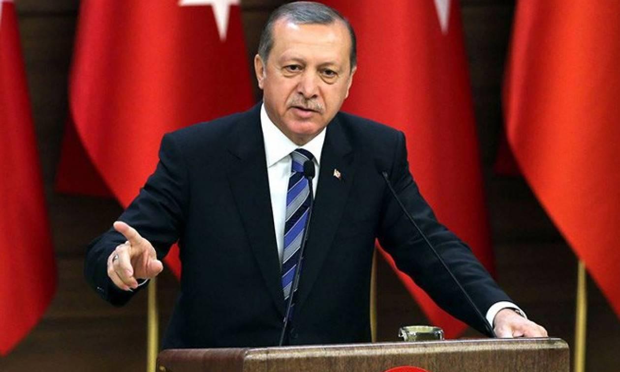 Στα «τάρταρα» η τουρκική λίρα - Έπεσε σε επίπεδο ρεκόρ