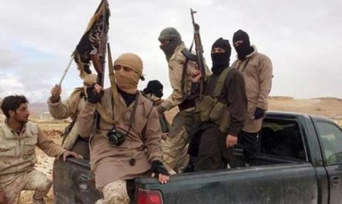 Νέα θηριωδία από το Ισλαμικό Κράτος: Εκτέλεσε 19χρονο φοιτητή
