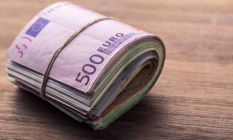 Εφορία: Απευθείας κατάσχεση των εισπράξεων από την ταμειακή μηχανή