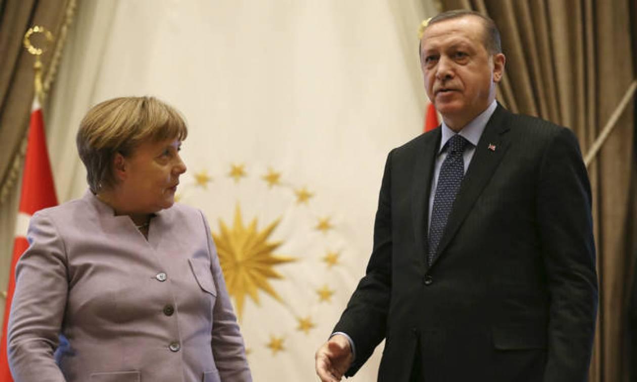 Στη Γερμανία μεταβαίνει εκτάκτως ο Ερντογάν