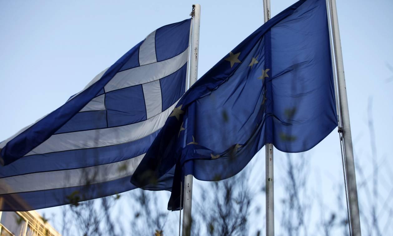 Le Monde: Επιτέλους η Ελλάδα θα πετάξει με τα δικά της φτερά