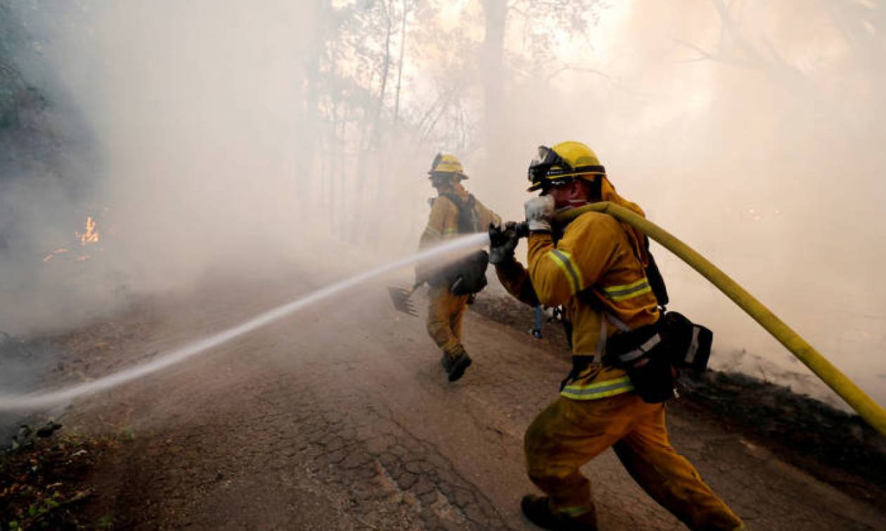 Καλιφόρνια: 1.210.000 στρέμματα έχουν γίνει στάχτη - Κερδίζουν έδαφος στη «μάχη» οι πυροσβέστες