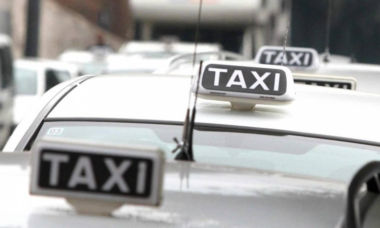 Απίστευτο: Ρίχνουν πρόστιμα στους ταξιτζήδες γιατί φορούν βερμούδες εν μέσω καύσωνα