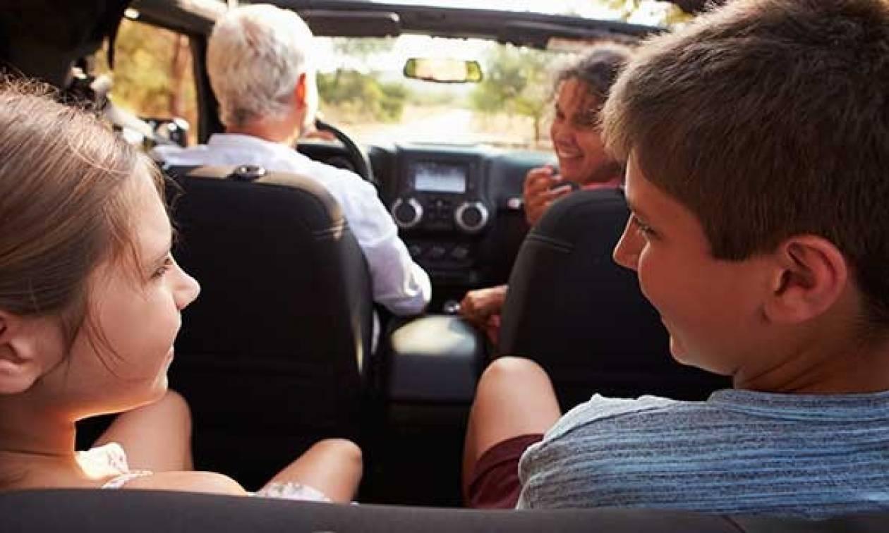 Οικογενειακές διακοπές: Ο απόλυτος οδηγός για ένα ασφαλές ταξίδι με το αυτοκίνητο