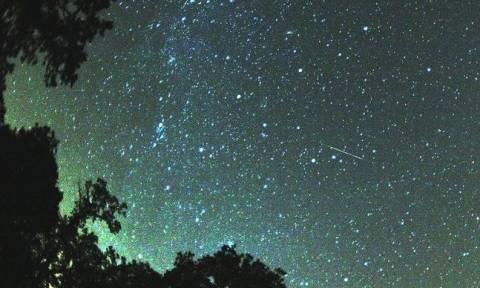 Περσείδες: Μία θεαματική «βροχή» αστεριών το βράδυ της Κυριακής