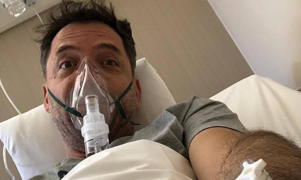 Στο νοσοκομείο με οξεία λοίμωξη του αναπνευστικού ο Θάνος Καλλίρης