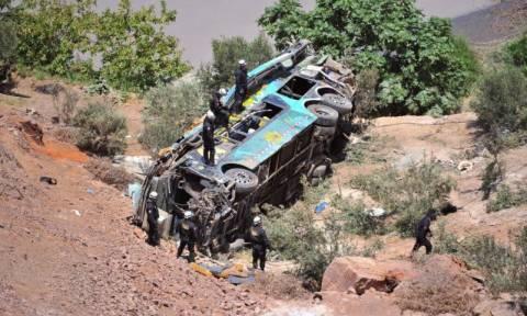 Περού: Λεωφορείο έπεσε σε χαράδρα - Τουλάχιστον 15 νεκροί