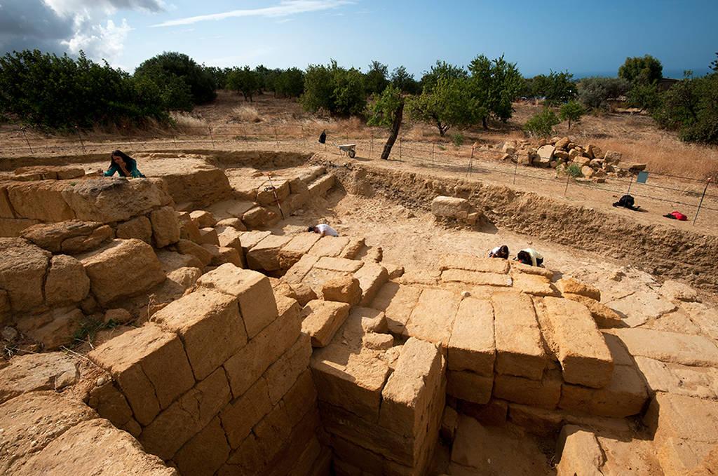 Αποκαλύφθηκε ελληνιστικό θέατρο στη Σικελία