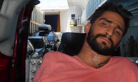 Απάνθρωπο και όμως ελληνικό: Εγκλώβισαν 28χρονο με αναπηρικό αμαξίδιο μέσα σε γκαράζ πλοίου!