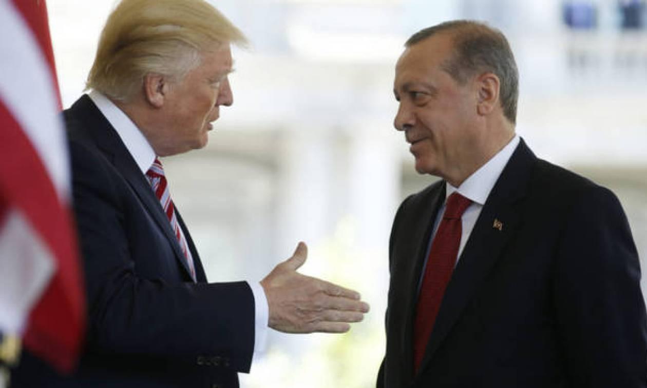 «Πόλεμος» Τουρκίας – ΗΠΑ: Ο Ερντογάν ανακοίνωσε μποϊκοτάζ σε αμερικανικά προϊόντα