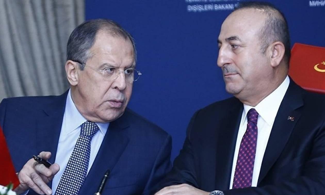 Τσαβούσογλου: Να σταματήσουν τις απειλές οι ΗΠΑ - Είμαστε κατά των κυρώσεων σε Ρωσία και Ιράν