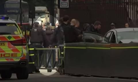 Επίθεση Λονδίνο: Νέα στοιχεία για τον τρομοκράτη - Η στιγμή της σύλληψής του (vid)