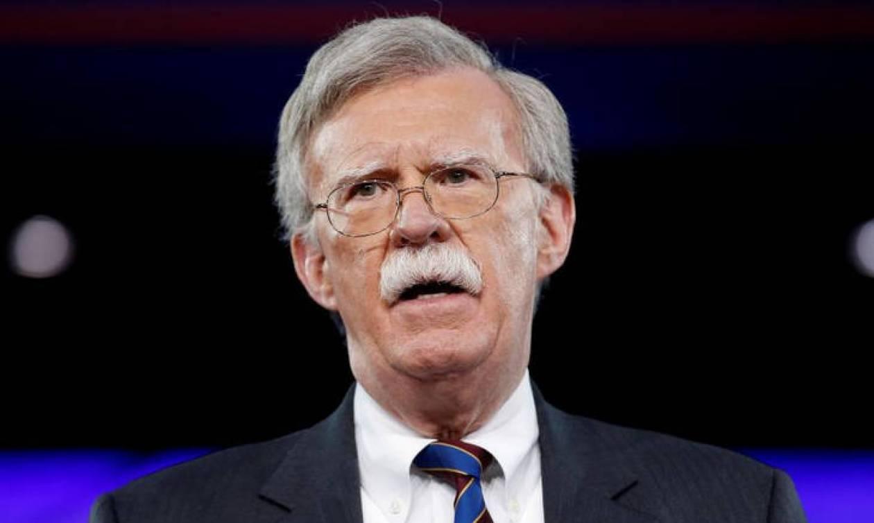 Προσπάθεια προσέγγισης της Ρωσίας επιχειρούν οι ΗΠΑ εν μέσω διπλωματικού πολέμου