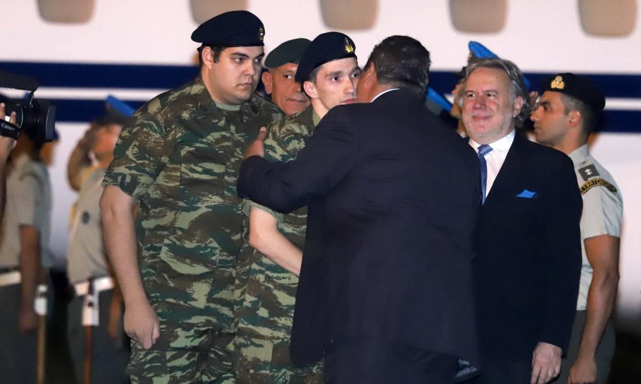 Καμμένος: Ο ελληνικός λαός σύσσωμος, ενωμένος υποδέχεται τους δύο Έλληνες στρατιωτικούς (Vid)