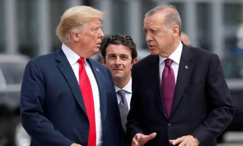 «Πάει γυρεύοντας» ο Ερντογάν: Η Τουρκία επέβαλε υπέρογκους δασμούς σε προϊόντα των ΗΠΑ