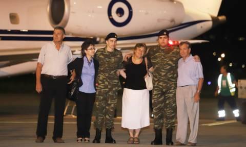 Έλληνες στρατιωτικοί - Συγκλονίζει ο πατέρας του Μητρετώδη: Η Παναγία έκανε το θαύμα της