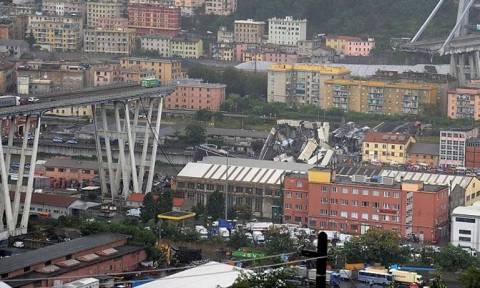 Γένοβα: Ποδοσφαιριστής γλίτωσε από θαύμα -  Tο αυτοκίνητό του έπεσε μαζί με τη γέφυρα